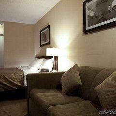Отель Sandman Hotel Calgary City Centre Канада, Калгари - отзывы, цены и фото номеров - забронировать отель Sandman Hotel Calgary City Centre онлайн комната для гостей фото 4