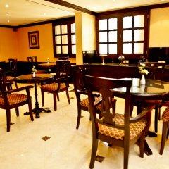 Arabian Courtyard Hotel & Spa питание фото 2