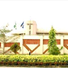 Отель Lush Suites Калабар вид на фасад