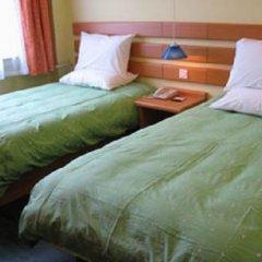 Отель Home Inns - Luohe комната для гостей