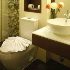 Отель Suvarnabhumi Suite Бангкок ванная