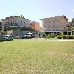 Hotel Pigalle Риччоне парковка