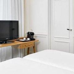 Отель H10 Montcada Boutique Hotel Испания, Барселона - 1 отзыв об отеле, цены и фото номеров - забронировать отель H10 Montcada Boutique Hotel онлайн удобства в номере фото 2