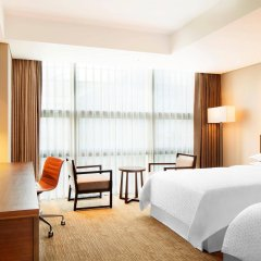 Отель Four Points By Sheraton Seoul, Namsan комната для гостей фото 2