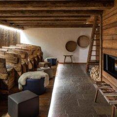 Hotel The Originals Borgo Eibn Mountain Lodge (ex Relais du Silence) Саурис сейф в номере