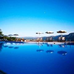 Отель Renaissance Tuscany Il Ciocco Resort & Spa бассейн фото 2