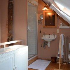 Отель B&B Chambre d'Orfeo Бельгия, Брюссель - отзывы, цены и фото номеров - забронировать отель B&B Chambre d'Orfeo онлайн ванная