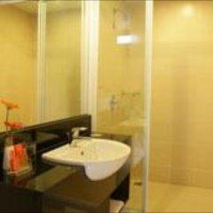 Отель Legacy Express Sukhumvit by Compass Hospitality ванная