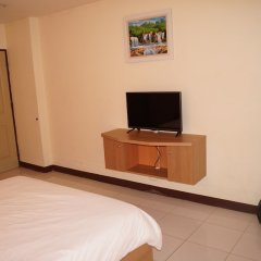 Отель ZEN Rooms Ramkhamhaeng Mansion удобства в номере фото 2