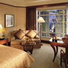 Отель Mandarin Oriental Kuala Lumpur Малайзия, Куала-Лумпур - 2 отзыва об отеле, цены и фото номеров - забронировать отель Mandarin Oriental Kuala Lumpur онлайн комната для гостей фото 2