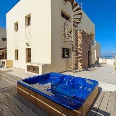 Отель Mike & Lenos Tsoukkas Seafront Villas Кипр, Протарас - отзывы, цены и фото номеров - забронировать отель Mike & Lenos Tsoukkas Seafront Villas онлайн бассейн