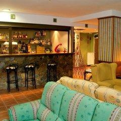 Отель Nubahotel Vielha гостиничный бар