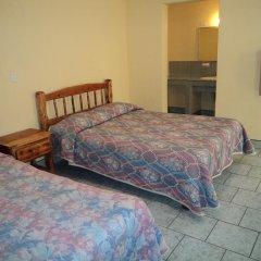 Отель Los Pinos Мексика, Креэль - отзывы, цены и фото номеров - забронировать отель Los Pinos онлайн сейф в номере