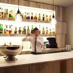 Отель Internacional Design Hotel - Small Luxury Hotels of the World Португалия, Лиссабон - 1 отзыв об отеле, цены и фото номеров - забронировать отель Internacional Design Hotel - Small Luxury Hotels of the World онлайн гостиничный бар
