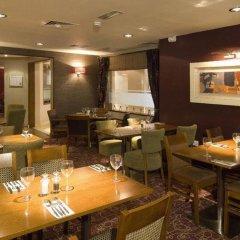 Отель Premier Inn London Kensington питание фото 3