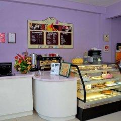 Отель Donway, A Jamaican Style Village Ямайка, Монтего-Бей - отзывы, цены и фото номеров - забронировать отель Donway, A Jamaican Style Village онлайн питание