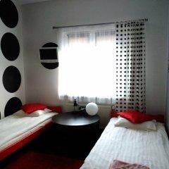 Отель SuperiQ Villa комната для гостей
