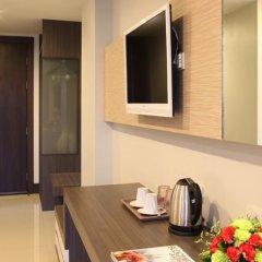 Отель Crystal Suites Suvarnabhumi Airport Бангкок в номере фото 2
