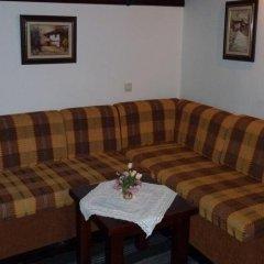Отель Parlapanova Guest House - Pool Access Боженци комната для гостей фото 2