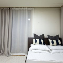 Отель Gangnam Business District Apt комната для гостей фото 2