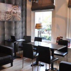 Art Gallery Hotel гостиничный бар