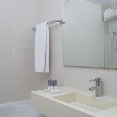 Отель Amarilia Hotel Греция, Афины - 1 отзыв об отеле, цены и фото номеров - забронировать отель Amarilia Hotel онлайн ванная