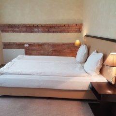 Отель Romantic Boutique Hotel & Spa Литва, Паневежис - 1 отзыв об отеле, цены и фото номеров - забронировать отель Romantic Boutique Hotel & Spa онлайн комната для гостей фото 2