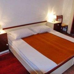 Отель Elena Guest House сейф в номере