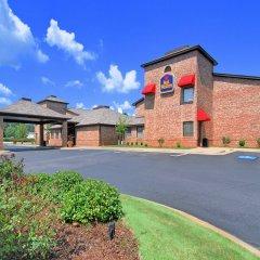 Отель Best Western Auburn/Opelika Inn США, Опелика - отзывы, цены и фото номеров - забронировать отель Best Western Auburn/Opelika Inn онлайн парковка