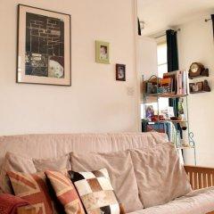 Отель Spacious Studio Apartment in Portobello Road Великобритания, Лондон - отзывы, цены и фото номеров - забронировать отель Spacious Studio Apartment in Portobello Road онлайн питание фото 3