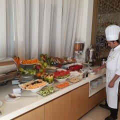 Royal Falcon Hotel питание фото 6