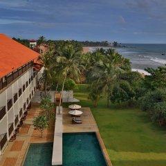 Отель Temple Tree Resort & Spa Шри-Ланка, Индурува - отзывы, цены и фото номеров - забронировать отель Temple Tree Resort & Spa онлайн пляж фото 2