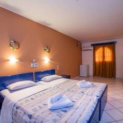 Porto Koukla Beach Hotel сейф в номере