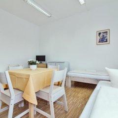 Carl Hostel München Мюнхен комната для гостей фото 5