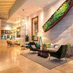 Отель Vista Sol Punta Cana Beach Resort & Spa - All Inclusive Доминикана, Пунта Кана - 1 отзыв об отеле, цены и фото номеров - забронировать отель Vista Sol Punta Cana Beach Resort & Spa - All Inclusive онлайн интерьер отеля фото 2