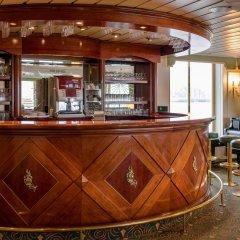 Отель OnRiver Hotels - MS Cezanne гостиничный бар