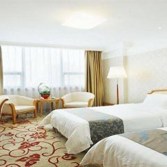 South China Harbour View Hotel комната для гостей фото 5
