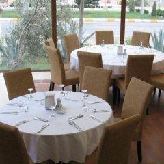 Berksoy Hotel Турция, Дикили - отзывы, цены и фото номеров - забронировать отель Berksoy Hotel онлайн питание