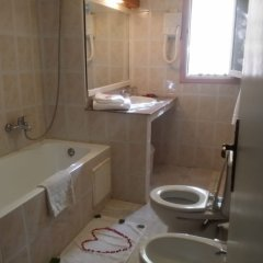 Отель Le Tinsouline Марокко, Загора - отзывы, цены и фото номеров - забронировать отель Le Tinsouline онлайн ванная