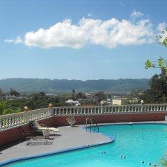 Отель Verney House Resort Ямайка, Монтего-Бей - отзывы, цены и фото номеров - забронировать отель Verney House Resort онлайн бассейн фото 2