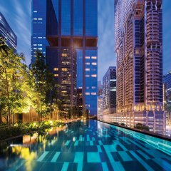 Отель Oakwood Premier OUE Singapore бассейн фото 3