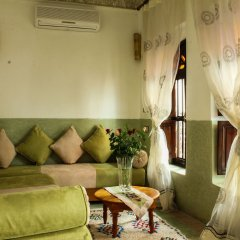 Отель Le Pavillon Oriental комната для гостей фото 5