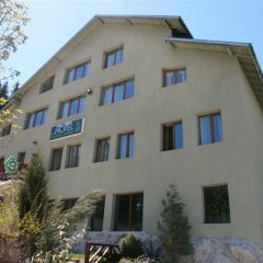 Отель Forest Star Hotel Болгария, Боровец - отзывы, цены и фото номеров - забронировать отель Forest Star Hotel онлайн вид на фасад фото 2