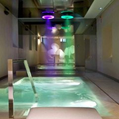 Отель Radisson Blu Hotel, Madrid Prado Испания, Мадрид - 3 отзыва об отеле, цены и фото номеров - забронировать отель Radisson Blu Hotel, Madrid Prado онлайн бассейн фото 2