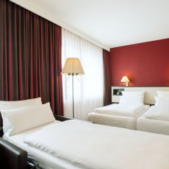 Отель NH München Deutscher Kaiser комната для гостей