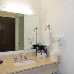 Отель Best Western Aeropuerto Мексика, Эль-Бедито - отзывы, цены и фото номеров - забронировать отель Best Western Aeropuerto онлайн ванная