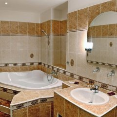 Отель Trinidad Prague Castle Прага ванная