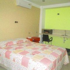 Ari's Hotel III комната для гостей фото 5