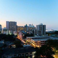 Отель Citrus Sukhumvit 11 Bangkok by Compass Hospitality балкон