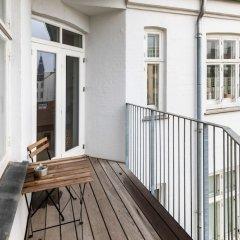 Апартаменты 3-bedroom Pure-LUX Apartment балкон